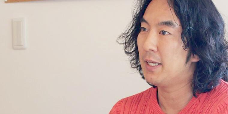 インタビューに答える大山社長の画像